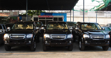Chevy Colorado 2008 rows  - Get your Chevy now at Sam Motors Thailand and Jim 4x4 Thailand