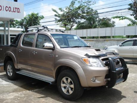 new Toyota Hilux Vigo Double Cab with A-bar at Thailand's top Toyota Hilux Vigo dealer Sam Motors Thailand