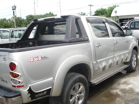 used Toyota Hilux VigoDouble Cab 4x4 G at Thailand's top Toyota new and used Hilux Vigo dealer Sam Motors Thailand